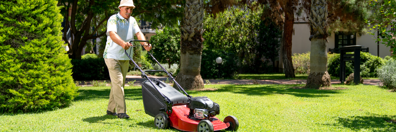 Lawn_Care_Insurance_Body1_GTY